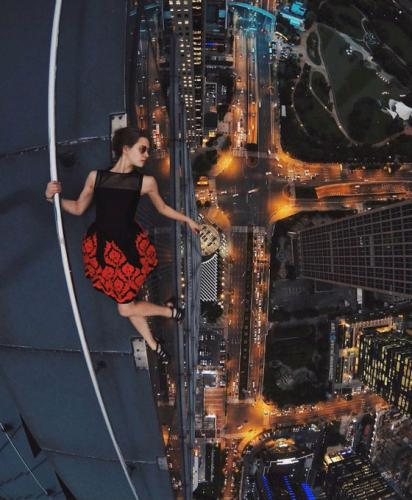 Creative-Photo-Ideas-for-Real-Daredevils-26